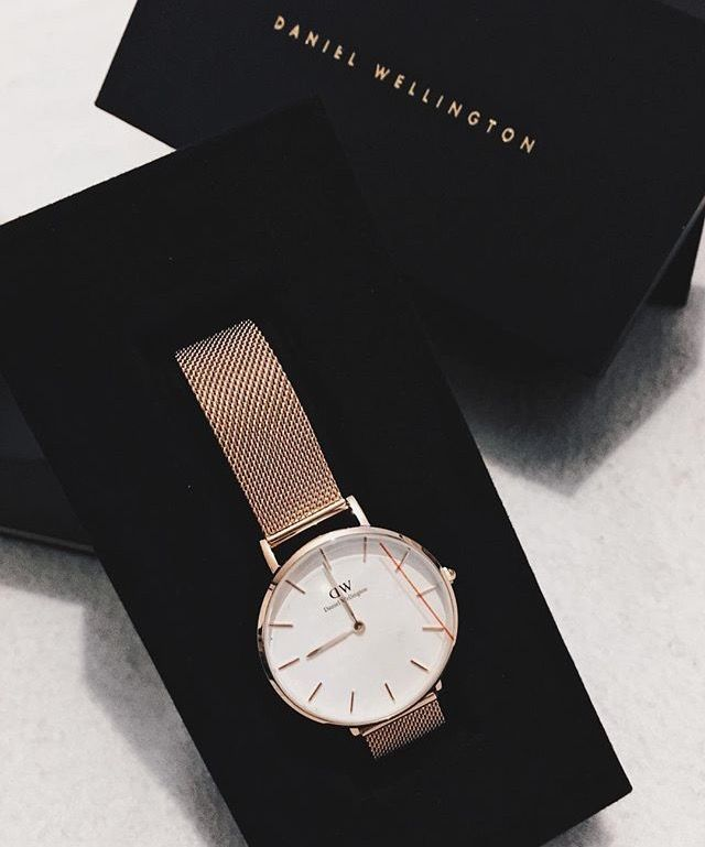 Use the code AVDIOPHILE15 to receive 15% off your Daniel Wellington purchase at danielwellington.com!