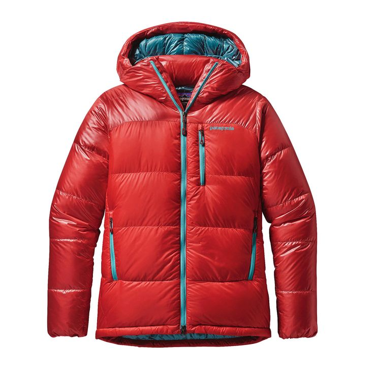 The Patagonia Women's Fitz Roy Down Parka delivers incredible loft and forced-bivy-level warmth, with ethically sourced 800-fill-power Traceable Down.