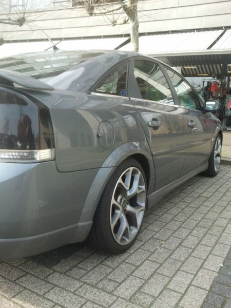Tuned Opel Vectra by Irmscher Photo 12314