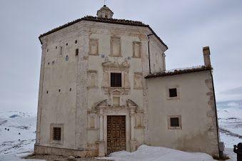 Rocca #Calascio (AQ)Tra mare, borghi e parchi il Resort #Incantea #Tortoreto #Abruzzo.La vacanza che rimane. http://www.incantea.it