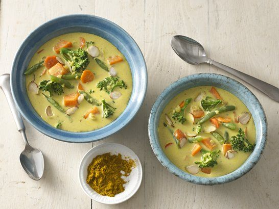 Vegetarian Curry with Coconut Milk - Que Rica Vida