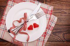 Non sai cosa cucinare a San Valentino? Prova il menu vegano di Karmaveg.it! 4 portate tutto pepe per portare in tavola l'amore cruelty-free!