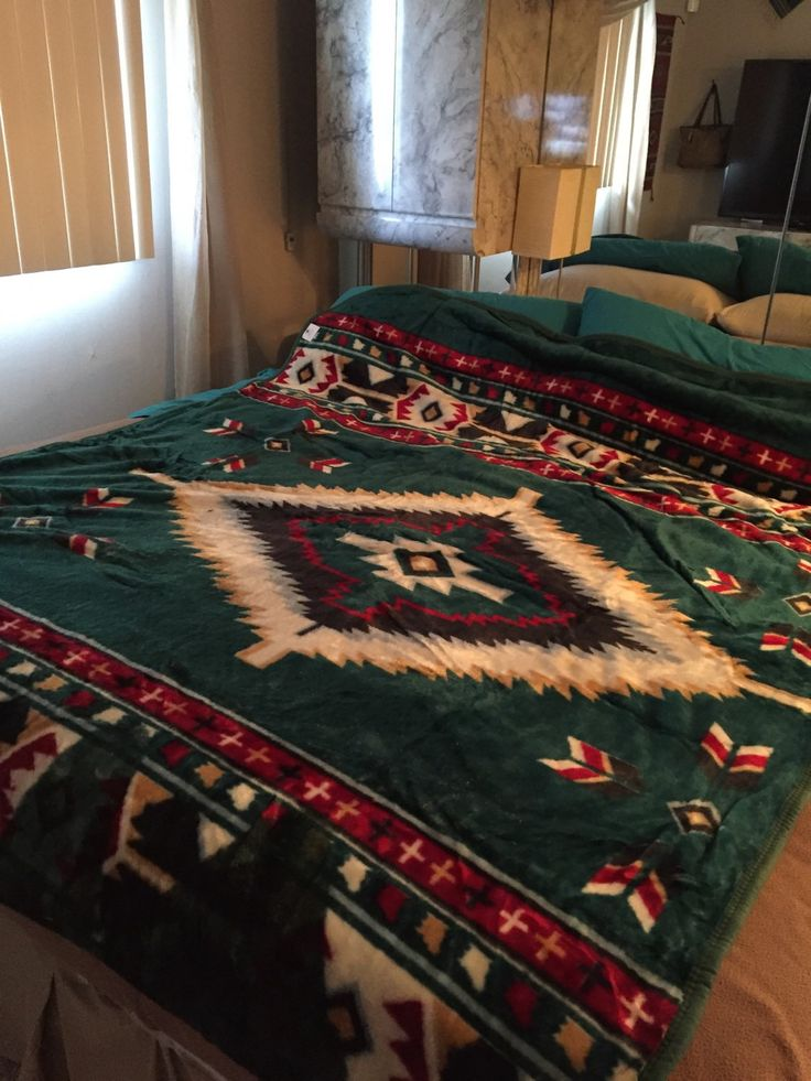 Luxury turquoise green plush queen blanket