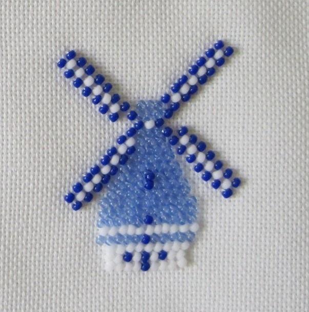Borduren met kralen....Embroidering with beads