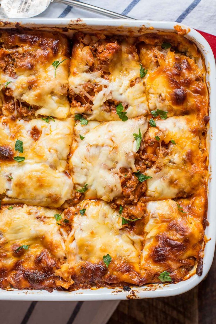 This is the very BEST Cottage Cheese Lasagna. Meaty, cheesy, creamy, melty--it's the ultimate comfort food!