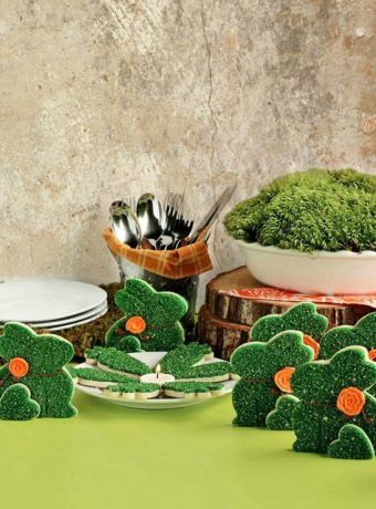 Cute Little Moss Bunny Cookies   The Bearfoot Baker    #bearfootbaker #edibleart #rolloutcookies #cutecookies #animalcookies #royalicing #delicioustreats #cutetreats #cookiesforalloccassions