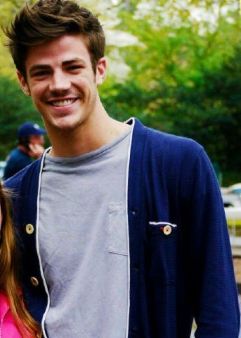 Grant Gustin again--He's just so attractive