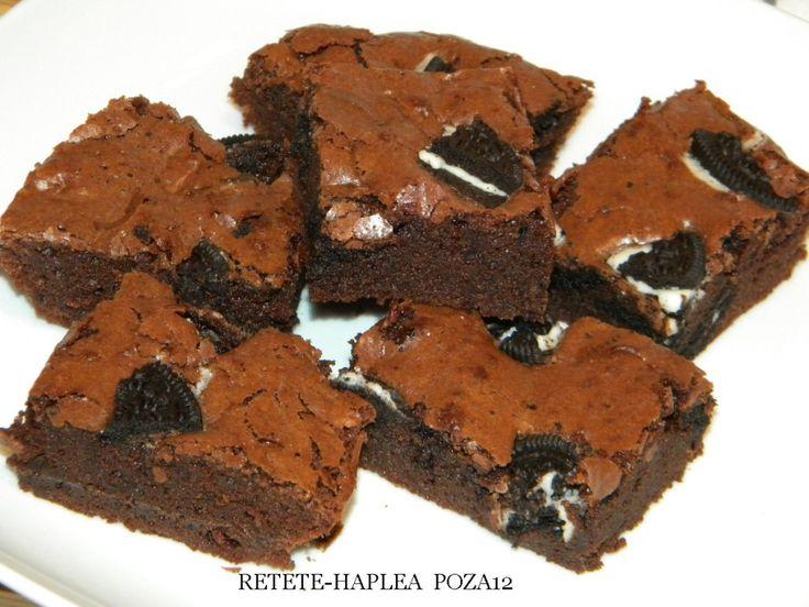 Cu Oreo şi ciocolată, Negresa lui Lorraine Pascale Este si moale şi crocantă Între negrese n-are-egal. Ce iti trebuie (poza 1): – 200 gr ciocolata dark – 165 gr unt – 3 oua – 2 galbenusuri – 165 gr zahar – 2 linguri faina – 1 lingura cacao – 1 praf de sare – 100 …