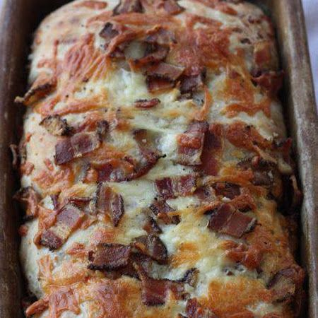 Hillbilly Bacon Cheddar Bread