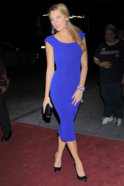 Blake lively victoria beckham dress pictures