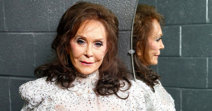 Loretta Lynn Postpones Tour and Album Release After Stroke: 'My Main Focus Now Is Making a Full Recovery'