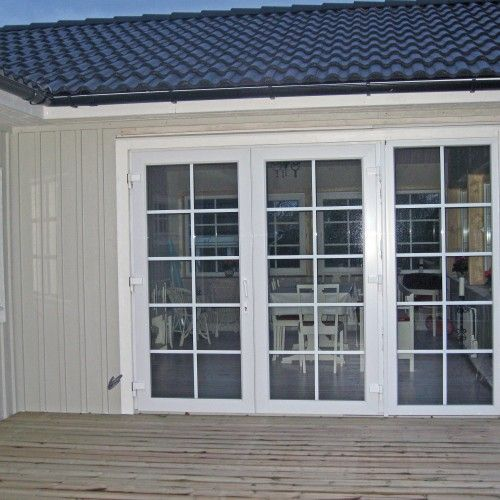 Prisvärda spröjsade fönster och altandörrar från Mentafönster med energiglas säkerhetsglas 2-glas