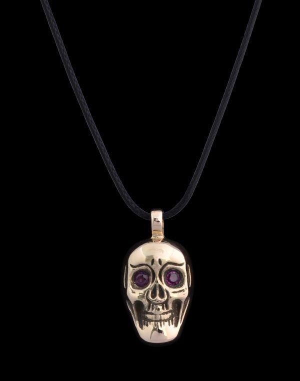 #silver #skull #rosegold #goldtone #rubies #gems #gemstones #finejewellery #jewellery #pendant
