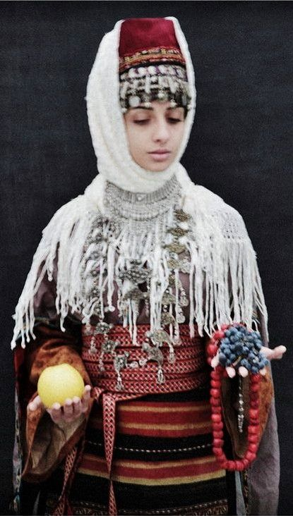 180 best images about 5a. Caucasus: traditional women's ...