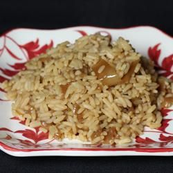 Maria's Rice- 4 ingredients- This is the easiest and best tasting side dish ever. It goes really well with roast, pork chops, or a rotisserie chicken. I have taken this recipe to tons of parties and everyone loves it.  uncooked white rice, can French onion soup or onion soup mix, can beef broth or beef consomme, butter optional: mushrooms, onion  Allrecipes.com