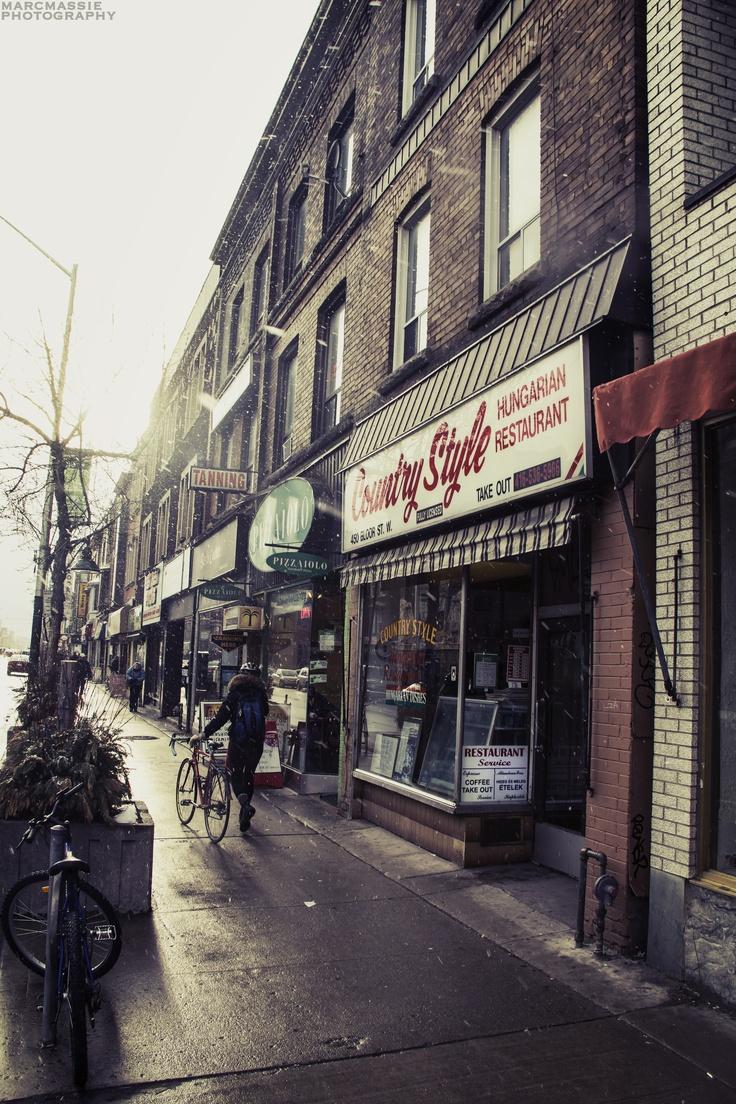 Bloor Street, Toronto, late March blizzard