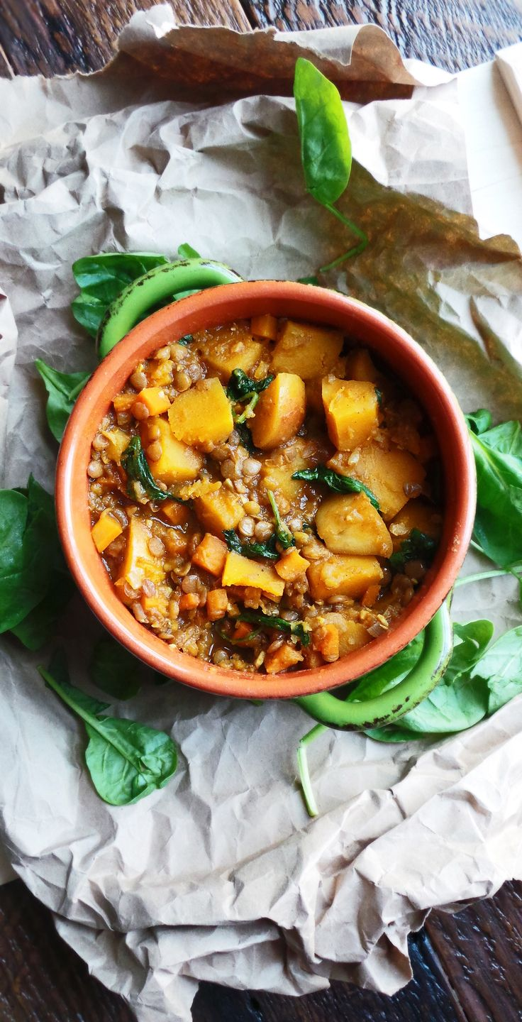 One-pot vegan Curried butternut squash, Fuji apple, and lentil stew. UHM YES PLEASE!