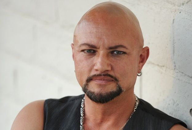 Geoff Tate signs solo record deal with InsideOut Music.
