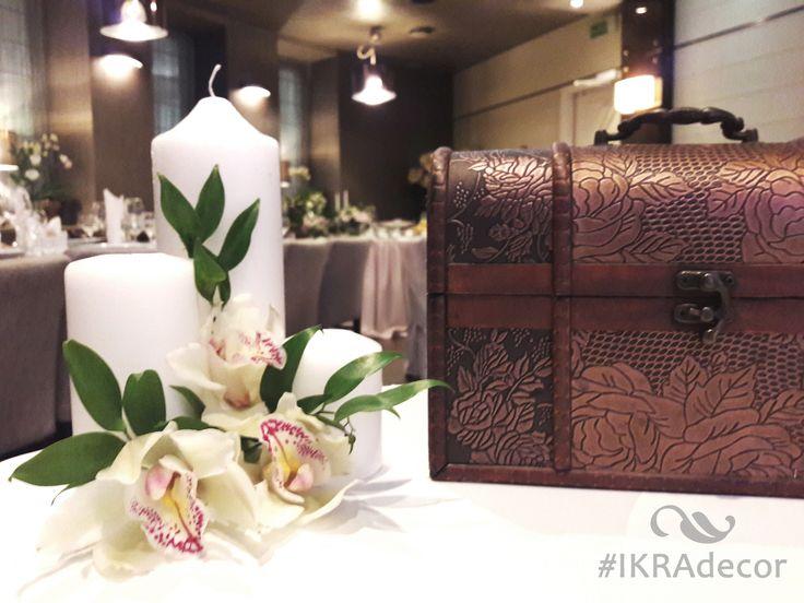 Декор на стол дарения. Орхидеи на свадьбе. Орхидеи на свадебном столе. Орхидеи в декоре. #IKRAdecor Свадьба в ресторане InVino Минск