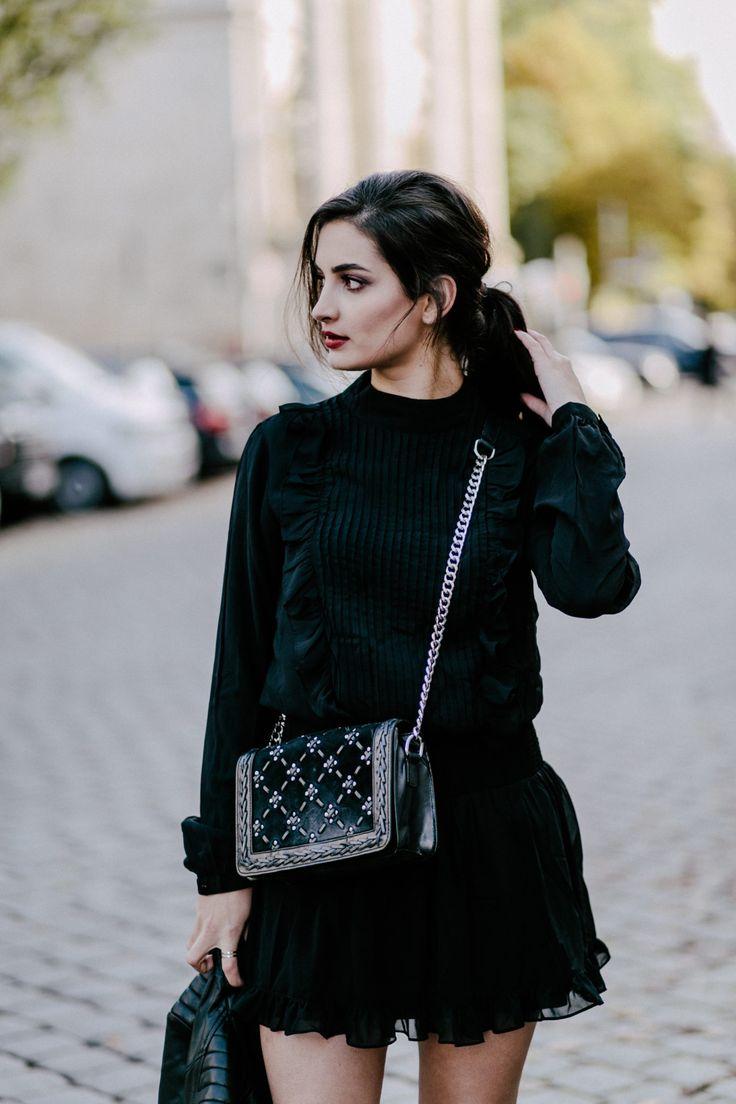 black skaterdress by asos // Merna Mariella