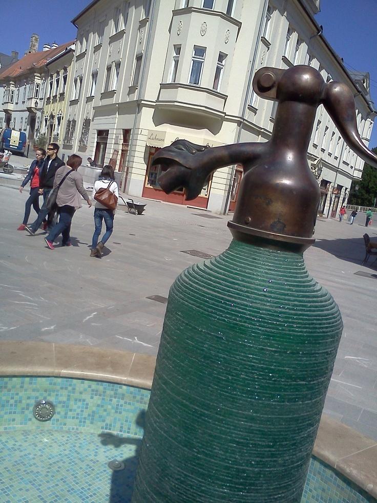 Brunnen in #Györ, #Ungarn