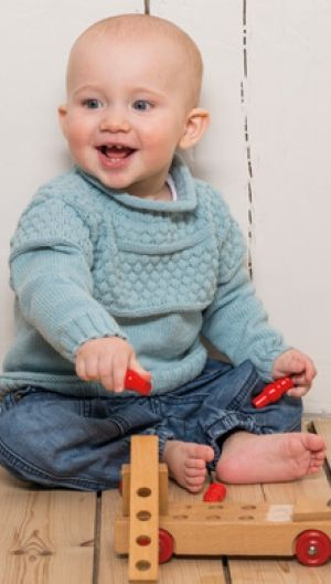 Fin strikket drengenbluse | strikket drengebluse med boblemønster