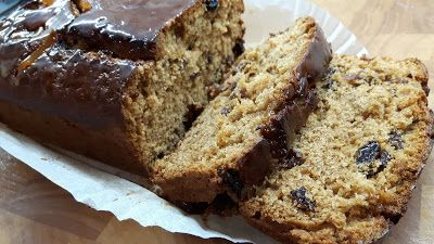 Raisin Gingerbread Loaf A spicy teabread which is perfect with lashings of butter on a cold day. https://grandmaabson.blogspot.co.uk/2018/02/teas-up-with-raisin-gingerbread-loaf.html