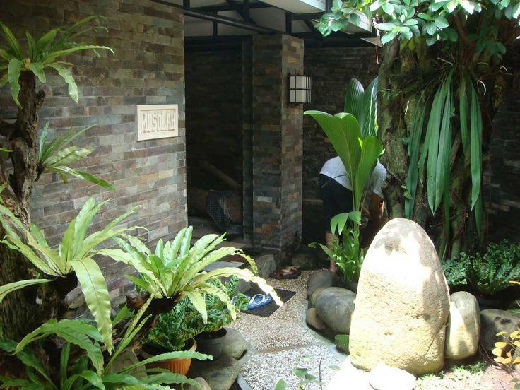 Related For Desain Taman Rumah Minimalis Dengan Batu Alam dan Tanaman Hias Model Terbaru