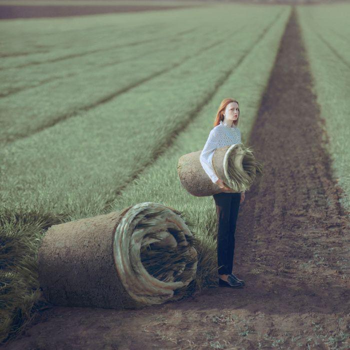 El cálido y onírico mundo del fotógrafo ucraniano Oleg Oprisco.