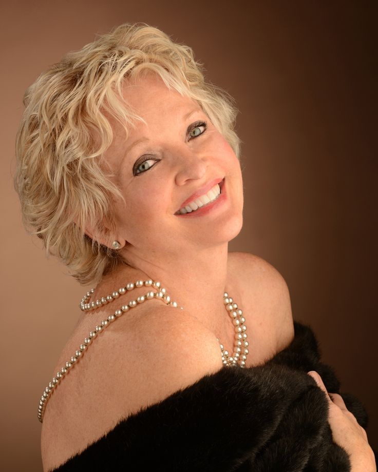 Christine Ebersole will make a triumphant return to the Cafe Carlyle on October 11, kicking off what will be her sixth engagement at the legendary Upper East Side venue. Believe it or not, though, the two-time Tony Award winner (42ND STREET, GREY GARDENS) still finds cabaret to be the most intimidating performance capacity for an artist, but simultaneously the most rewarding.  Prior to her run of shows, BroadwayWorld had a chance to chat with Ebersole about what it's like to perform in a…
