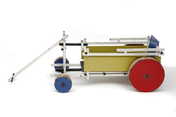 Gerrit Rietveld, Bollerwagen, c.1922-23