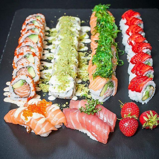 I morgen hos #downtown ❤️ #luksus til #spotpris og til jer der er hurtige... Et begrænsede antal menuer til salg til dem der holder #ferie i #dk  #sushi #tilbud #loveit #sommer #summer #valby #frederiksberg #roskilde #instasushi #hverdag #sushi2500 ❤️