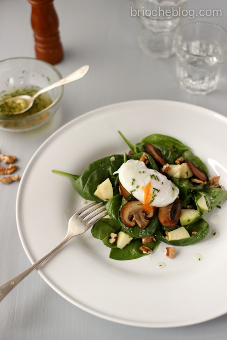 Brioche blog: Spinach & mushroom salad with poached egg