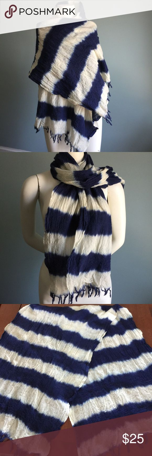 "J. Crew Blue and White Scarf In good condition and made of wool, this scarf measures 66"" in length and 21"" width. J. Crew Accessories Scarves & Wraps"