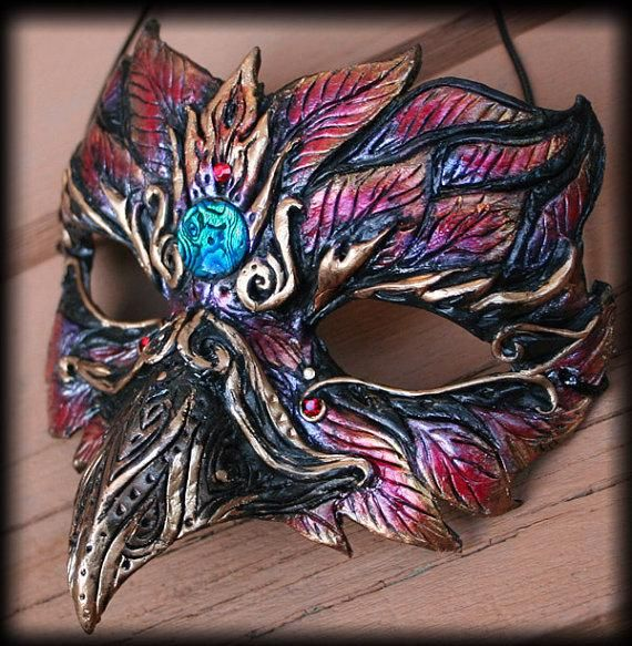 I found 'Pheonix Mask' on Wish, check it out!