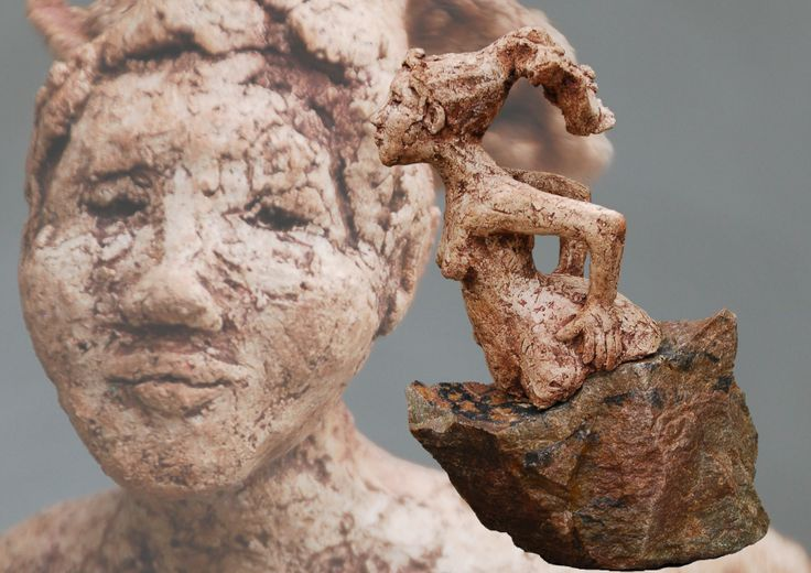 Marianne van den Berg, Steady as she goes, ceramic patinated 24 x 10 x 21cm