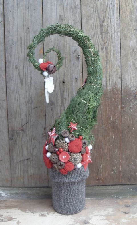 A Grincs fája - mókás stilizált fenyőfa anniesdesign kézművestől