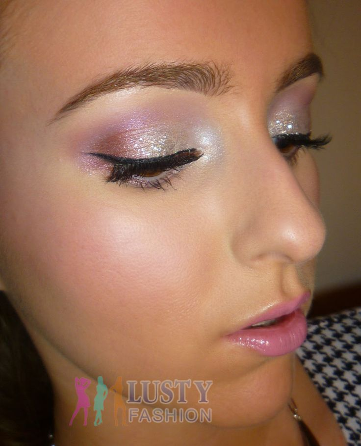 Night Parties Call For Glitter Makeup - LustyFashion | Makeup | Pinterest | Night Parties ...