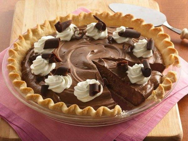 Δροσερή σοκολατένια τάρτα με γιαούρτι