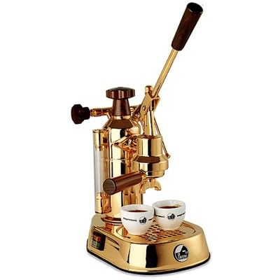 De acordo com o blog A Nossa Vida , estas são as melhores máquinas de café para se ter em casa.   1. Máquina de Café Espresso  Gaggia ...