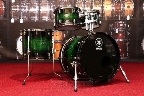 Yamaha B-Stock : Live Custom 4pc Drum Set Emerald Shadow Sunburst