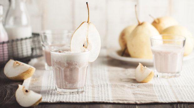 Зимние смузи: 5 согревающих рецептов - Если от приготовленного смузи вас бросает в еще больший озноб холодным зимним днем — значит, пора менять привычные рецепты! Эти 5 вариантов вкусных, согревающих смузи из ингредиентов «по сезону» порадуют вас и вкусом, и поль�