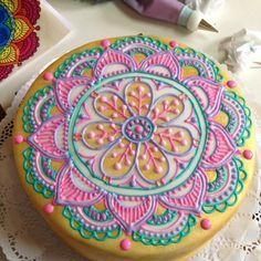 #torta de #mandala en proceso #pasteleriapucara #mandalas #pasteleriacreativa #pasteleriachilena #to - pasteleriapucara