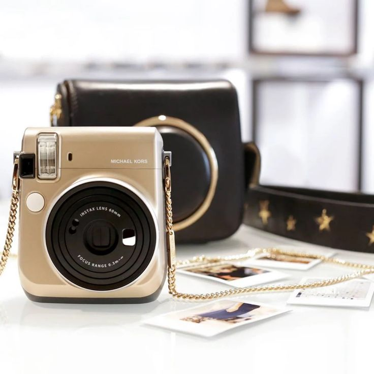 Reach for the stars: #MichaelKors Scout #camerabag gets a ...