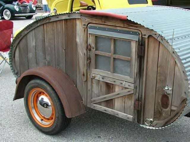 CAMPING FUN - STRANGE TEARDROP CAMPERS - OLDE CORRUGATED TIN ROOF | Love the look of this Teardrop trailer!
