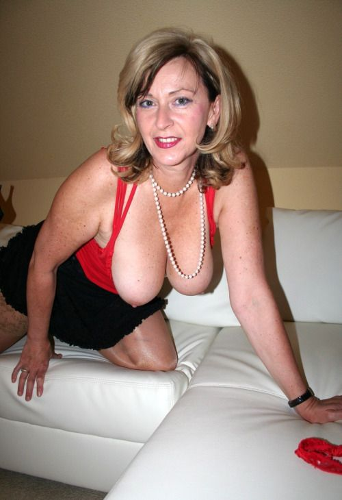 Gorgeous Naked Milf Women
