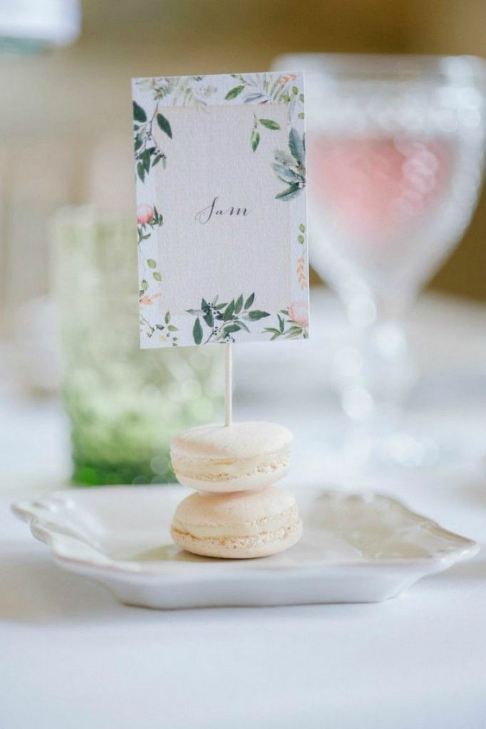 wedding table name card size%0A Macaron place setting Photography www plentytodeclareweddings com