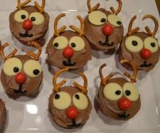 Recipe Rudolph Christmas Cupcakes by ShellG - Recipe of category Baking - sweet