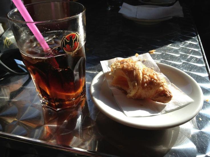 Colazione pasquetta 2012: cornetto & Cuba Libre!
