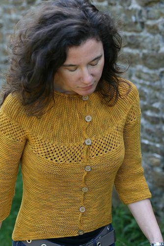 Ravelry: Ravi pattern by Carol Feller